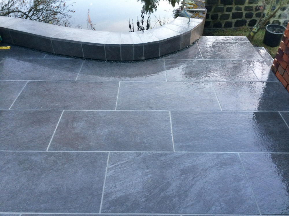 Terrasse mit Keramikplatten | Drewes Landschaftsbau GmbH | Anlagen ...